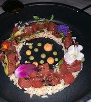 Raya Restaurant O:LV Hotel