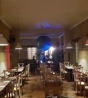 Padre Cafe Bar