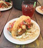 La Plywood - Beach Bar & Food