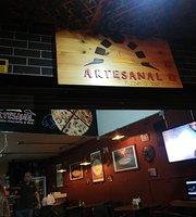 Artesanal pizzeria bar