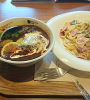 Very Berry Soup Tamachi Ekimae