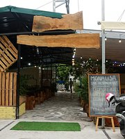 Monalisa Bar & Restaurant