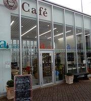 A Cube Cafe
