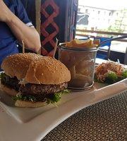 COCO BLU Bar & Restaurant