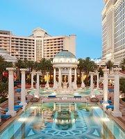Pool at Caesars Palace