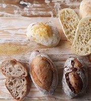 Cafe Noona & Boulangerie Alami