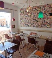 Roger's Cafe