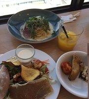 Cafe & Restaurant Tembooo