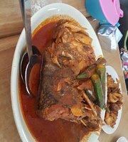 Deen's Fish Head Curry