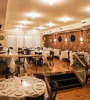 The 10 Best Restaurants Near Apex Technical School In Long