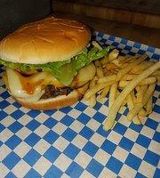 Bull's Burgers & More