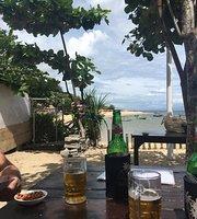 Lia Beach Warung