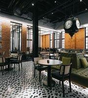 The Newsroom Café Deli