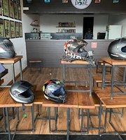 Gallops Food Plaza