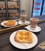 La Moisson Artisan Bakery