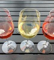 Becker Vineyards Wine Bar on Main