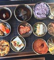 Cera Korean Restaurant
