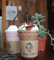 Javier Velasco Cafe