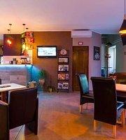 ONYX PUB & Kávézó & Street Food House