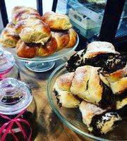 Lekki Deser Cafe