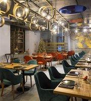 LEO Restaurant & Bar