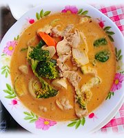 Real Thai Food Cafe