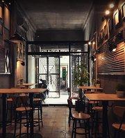 Seoul Artist Pub