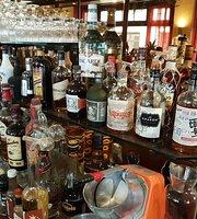 Malibu Cafe & Cocktailbar