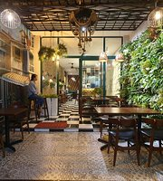 Nang Restaurant & Cafe