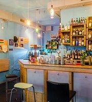 Pura Vida cocktail bar