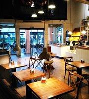 Canela Bakery Coffee
