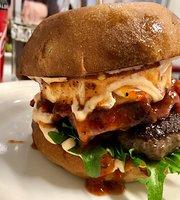 Mikan Cafe & Burger