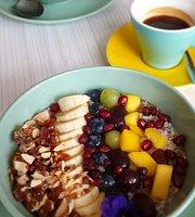 Breakfast in Rotterdam HQ