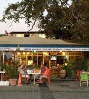Cınaralti Cafe