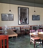 Encounters Wine Bar&Small Plate Kitchen