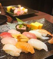 Seafood Izakaya Hananomai Ageohigashiguchi