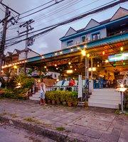 Seabox Khaolak Hostel-Restaurant-Excursions
