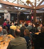 Angus 83 Restaurant Bar