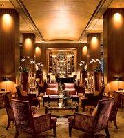 Lobby Lounge at Conrad Centennial Singapore