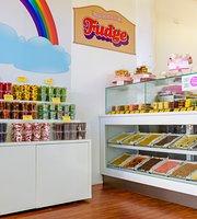 Smoochie's Fudge & Ice Cream