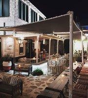 Kialoa bar