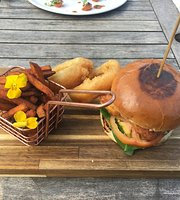 East Riding Gin Club & Kitchen