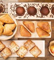 Crustum Bakery & Cafe Vilniaus 12