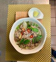Bamboo Vietnam Food