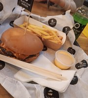 Black Star Burger