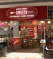 River Street Sweets Savannah's Candy Kitchen