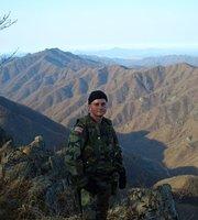 Army's West