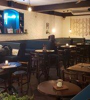 Haus Bistro Pub