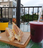 KuMa Juice Bar