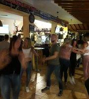 Cristobal Sports & Music Pub Sa Coma